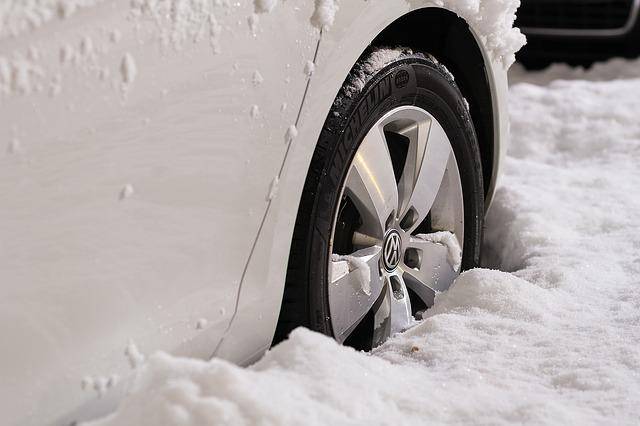 wheels-1813465_640